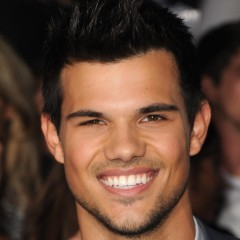 Taylor Lautner to be the New Star in '50 Shades of Grey'?