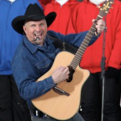 Why Garth Brooks Hates iTunes