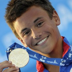 5 Best Celebrity Reactions to Tom Daley Coming Out