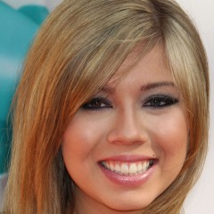 Did Jennette McCurdy Leak Those Photos Herself?