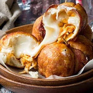 Creamy Buffalo Chicken Bombs