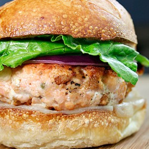 How to Make the Ultimate Salmon Burger
