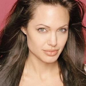 Brad Reveals Angelina's Most Disgusting Secret