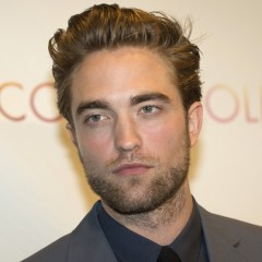 Robert Pattinson Goes To Children's Hospital
