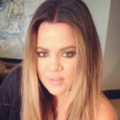 Khloe Kardashian Continues With Confusing Instagram Selfies